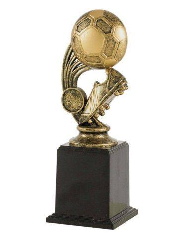 Trofeo de fútbol con bota y balón